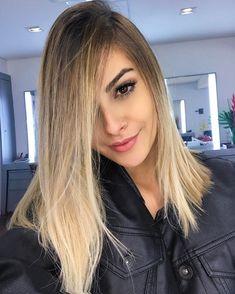 57 Ideas Balayage Hair Chocolate Long Bobs For 2019 Hair Inspo, Hair Inspiration, Mom Hairstyles, How To Make Hair, Runway Models, Balayage Hair, Hair Hacks, Dyed Hair, Short Hair Styles