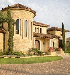 Spanish style homes – Mediterranean Home Decor Mediterranean Homes Exterior, Mediterranean House Plans, Mediterranean Architecture, Tuscan Design, Mediterranean Home Decor, House Architecture, Modern Exterior, Exterior Design, Exterior Homes