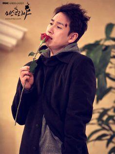 Miss Korea - Lee Sun Gyun Watch Korean Drama, Korean Drama Series, Lee Sun Kyun, Miss Korea, Star K, Korean Star, Drama Film, K Idol, Korean Music