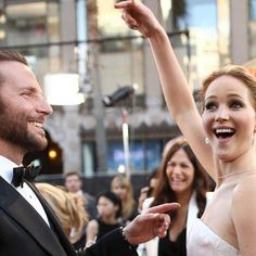 Jennifer Lawrence made the Oscars a most GIF-able bash. Try not to smile at J-Law's most charming moments, presented in GIFs and pics. I love this woman!