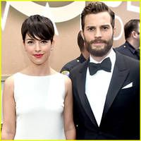 jamie dornan is 'fifty shades' of handsome at golden globes 2015 with wife amelia warner