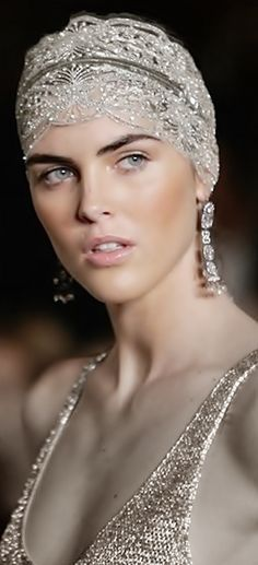elegant headpiece for women 2015 for party function Head Accessories, Bridal Accessories, Trendy Accessories, Bridal Headpieces, Bridal Hair, Fascinators, Hilary Rhoda, Look Retro, Gatsby Style