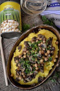 mancare de naut cu ciuperci si mamaliguta Cooking Recipes, Healthy Recipes, Healthy Food, Black Eyed Peas, Interior Design Kitchen, Quinoa, Food And Drink, Favorite Recipes, Meals