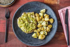 This balanced Chicken with Feta, Leek and Potatoes is bursting full of vibrant flavours and makes the perfect healthy dinner option, from HelloFresh. Hello Recipe, Healthy Dinner Options, Healthy Dinners, Butterflied Chicken, Macro Meals, Macro Recipes, Hello Fresh Recipes, Balanced Meals, Potato Recipes