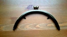 PURSE FRAME 8 inch (20 cm) Rounded Purse Frame - Antique Brass finish - Glue in purse frame - Solid good quality metal purse frame by LoveEllieBagMaking Find it now at http://ift.tt/2jYJFv2!