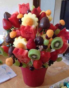 coole Idee fürs Party-Essen und Kinder Partys mit Früchte-Strauß