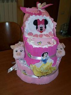Torta di pannolini culla diapers cake