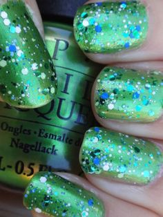 """Nicole by Opi """"Seriously Citrus"""" over OPI """"My Gecko Does Tri #green #glitter #nailart - bellashoot.com"""