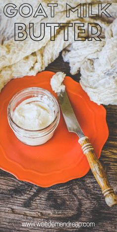 Goat Butter: Making Butter with Goat's Milk - Making homemade goat butter may seem impossible. But, friend, I'm here to show you how it's done. And because I love butter. Goat butter, that is. Goat Milk Recipes, Cheese Recipes, Real Food Recipes, Homemade Cheese, Homemade Butter, Milk And Cheese, Goat Cheese, Butter Cheese, Agriculture