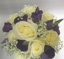 Ivory and purple posy-roses, lisianthus and Gyp