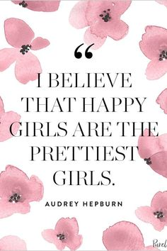 Fashion Quotes : 12 Audrey Hepburn Quotes That Never (Ever) Get Old . Best Quotes Of All Time, New Quotes, Girl Quotes, New Look Quotes, Poetry Quotes, Inspirational Quotes, Style Audrey Hepburn, Audrey Hepburn Quotes, Audrey Hepburn Wallpaper