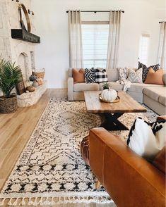 83 cozy apartment living room decorating ideas 47 « Home Decor New Living Room, Home And Living, Living Room Decor, Ideas Hogar, Living Room Inspiration, Apartment Living, Cozy Apartment, Living Room Designs, Home Decor