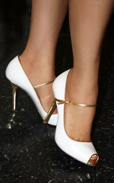 Aleida.net: Womens's Shoes Gallery - Guess Women's Newbury Mary Jane Pump in White with gold trim and golden metallic heel