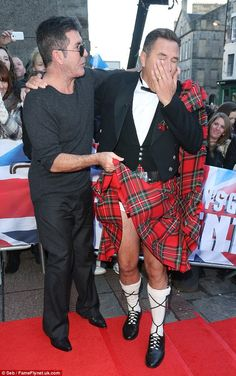 Bgt Auditions, Britain's Got Talent, Little Britain, Funny Watch, Men In Kilts, Simon Cowell, Celebs, Celebrities, Damon