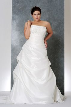 2013 Wedding Dresses Plus Size Wedding Dresses A Line Strapless Court Train