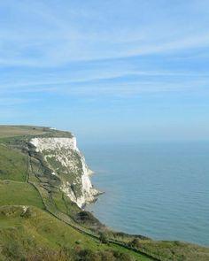 White Cliffs of Dover    taken by: Voyageur Kalee