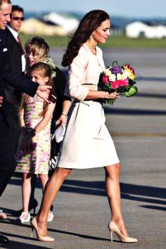 Duchess of Cambridge #katemiddleton her calves are gorgeous!