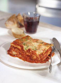 Lasagna Della Mia Mamina (Marina Orsini's Family Lasagna) Recipes Chef Recipes, Kitchen Recipes, Italian Recipes, Pasta Recipes, Cooking Recipes, Lasagna Recipes, Chefs, Marina Orsini, Ricardo Recipe