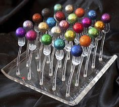 Welcome to BedazzleMyBonbons.com- The GLITTERATI of chocolate...that are both Dessert AND Decor!