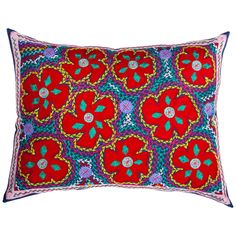 Yeni Flores Pillow made by Honduras Threads. Love the colors