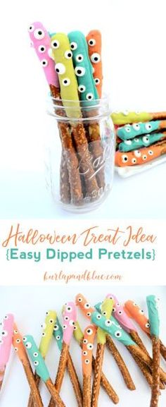 Easy dipped pretzels are a fun Halloween treat idea that the kids can help with! This easy dessert recipe will be an entertaining favorite. Halloween Tags, Halloween Pretzels, Fun Halloween Treats, Halloween Desserts, Halloween Birthday, Holidays Halloween, Easy Halloween, Halloween Crafts, Halloween Recipe