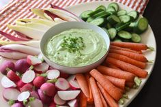 Made with Greek yogurt, feta, and avocado, this Greek Avocado & Herb Dip is thick and creamy but much lighter than sour cream-based dips. And with lots of… Yummy Appetizers, Appetizers For Party, Appetizer Recipes, Party Recipes, Party Dips, Appetizer Ideas, Dip Recipes, Avocado Recipes, Healthy Recipes