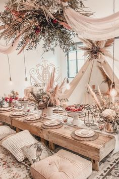 Party table decorations – Summer table decorations – Table decorations – Indoor picnic – Boho p – Party Decorations 2020 Summer Table Decorations, Wedding Decorations, Garden Party Decorations, Boho Wedding, Wedding Table, Wedding Black, Wedding Dinner, Wedding Reception, Wedding Ideas