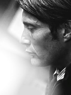 Hannibal / Mads Mikkelsen, Oh my, what a gorgeous profile! @Ashley Long