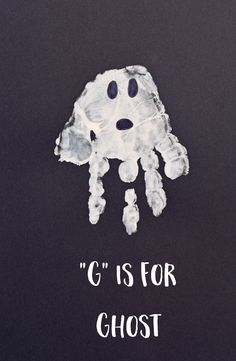 "Letter G ""Ghost"" Handprint Art for Preschoolers - Crafts Ideas Letter G Crafts, Preschool Letter Crafts, Abc Crafts, Preschool Projects, Alphabet Crafts, Daycare Crafts, Preschool Activities, Alphabet Art, Halloween Activities"