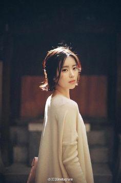 韓國milkcocoa旗下模特尹善英 妹子相當會拍照 照片更是被很多攝影師拿來當做範本 喜歡這種feel~ins:_sssssssy