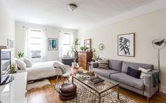 ニューヨーク市内のワンルームのアパートメントに、4年住んでいるというデザイナーの Tamar Levine ( タマル リバイン )さん。ワンルームや一人暮らし部屋の模様替えの参考にしたい、おしゃれなアパートメントの持ち …