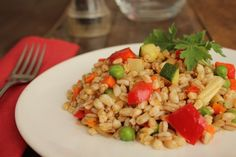 Insalata di Farro e Verdure Fried Rice, Fries, Pizza, Ethnic Recipes, Food, Cooking, Summer, Vegetarian, Chicken