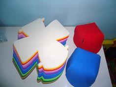Chapéu EVA Foam Crafts, Crafts To Make, Diy Crafts, Paw Patrol Party, Paw Patrol Birthday, Diy For Kids, Crafts For Kids, Crazy Hats, Game Costumes