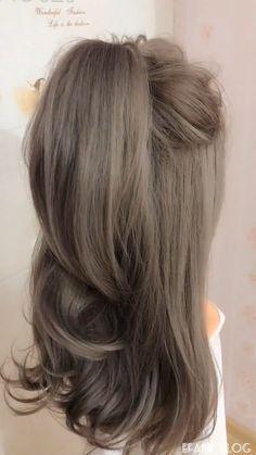 70 Hairstyle Ideas Featuring Dark Brown Hair with Highlights - Modern Hair Streaks, Balayage Hair Blonde, Brown Blonde Hair, Blonde Honey, Balayage Ombré, Medium Blonde, Honey Hair, Brown Balayage, Hair Medium