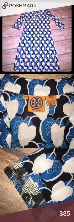TORY BURCH TUNIC DRESS Beaded along the neckline and sleeves, navy, white and blue leaf pattern w/ slits on the sides, in very good condition😍 Tory Burch Tops Tunics
