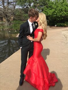 Prom was absolutely amazing especially since i went with this handsome man, i love you babyyy! Prom Pictures Couples, Homecoming Pictures, Prom Couples, Prom Photos, Prom Pics, Teen Couples, Couple Shoot, Couple Pictures, Mermaid Prom Dresses