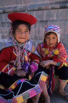 Peru | Local Children In Traditional Clothing (Quechua). Cuzco | © Wolfgang Kaehler