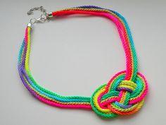 Naszyjnik węzeł Rainbow - Bajobongo - Naszyjniki średnie
