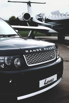 Yes plz - range rover. av always love to own a range rover. renting or owning my own private jet will be an added blessing for sure My Dream Car, Dream Cars, Avion Cargo, Nissan, Jet Privé, Mercedes Benz G, Car Goals, Range Rover Evoque, Range Rovers