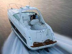Wellicht ooit een keer zo'n Maxum boot;-) Deze heeft rechtsachter zelfs een kleine BBQ!!! Maxum Boats 3100 SE Cruiser Boat Boat