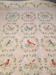 VINTAGE BIRD CROSS STITCH EMBROIDERED COTTON QUILT, 82X92, HARDLY USED Embroidered Quilts, Vintage Cross Stitches, Vintage Birds, Cotton Quilts, Fencing, Knitting Projects, Embroidery, Blanket, Bed