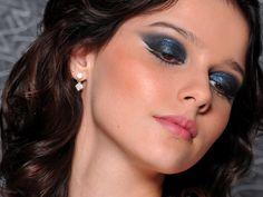 O que fazer: maquiagem sem super pincéis! | Através dos Espelhos