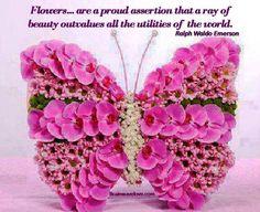 Candle and pink flowers Art Floral, Design Floral, Deco Floral, Unique Flower Arrangements, Unique Flowers, Beautiful Flowers, Butterfly Flowers, Flower Art, Pink Flowers