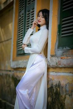 My dream girl. I would like more of her photos . White Chicks, Beautiful Asian Women, Ao Dai, White Girls, Traditional Outfits, Asian Woman, Asian Beauty, Dresses, South Vietnam