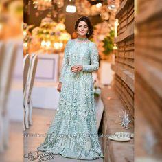 Minal Khan❤ Follow • • @celebrities.pkk For More🎆 • • #MinalKhan #AimanKhan #MuneebButt #FawadKhan #MahiraKhan #RamshaKhan #ZarnishKhan… Pakistani Maxi Dresses, Bridal Mehndi Dresses, Walima Dress, Pakistani Fashion Party Wear, Shadi Dresses, Pakistani Wedding Outfits, Bridal Lehenga, Pakistani Couture, Shower Dress For Bride
