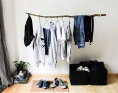 Etsy の Hanging Clothing Rack by Kekoni