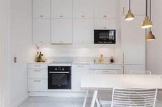 Белая кухня Икея Метод Веддинге