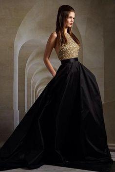 vestido de debutante preto com top dourado