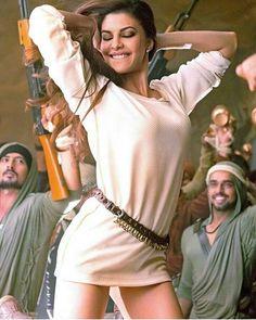 Natural Face of Hindustan - Girl Celebrities Bollywood Actress Hot Photos, Indian Actress Hot Pics, Indian Bollywood Actress, Beautiful Bollywood Actress, Most Beautiful Indian Actress, Bollywood Actors, Bollywood Celebrities, Actress Photos, Beautiful Actresses