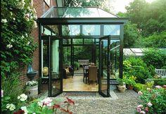 Een serre of tuinkamer aan het huis.... (serbo.nl)